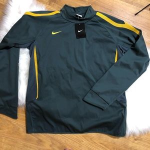 NWT Nike pullover